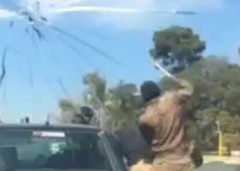 Window Washer stabs motorist